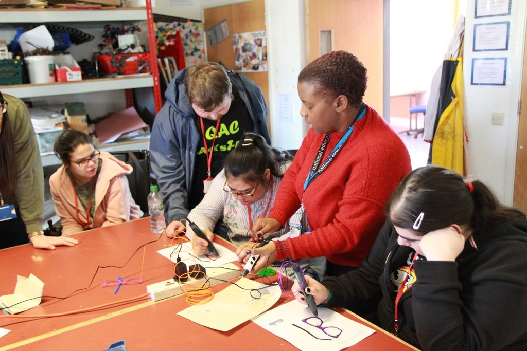 QAC staff and students use 3D pens