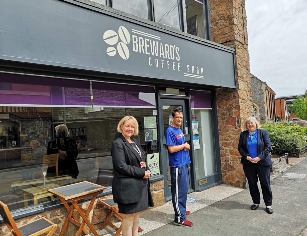 Resident Ben and Principal Tracey Forman with MP Jane Hunt outside Breward's